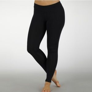 NWT Marika sport performance leggings size M
